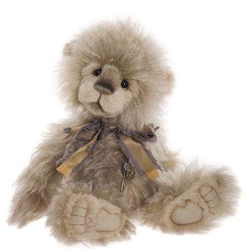 Bear Paws by Charlie Bears